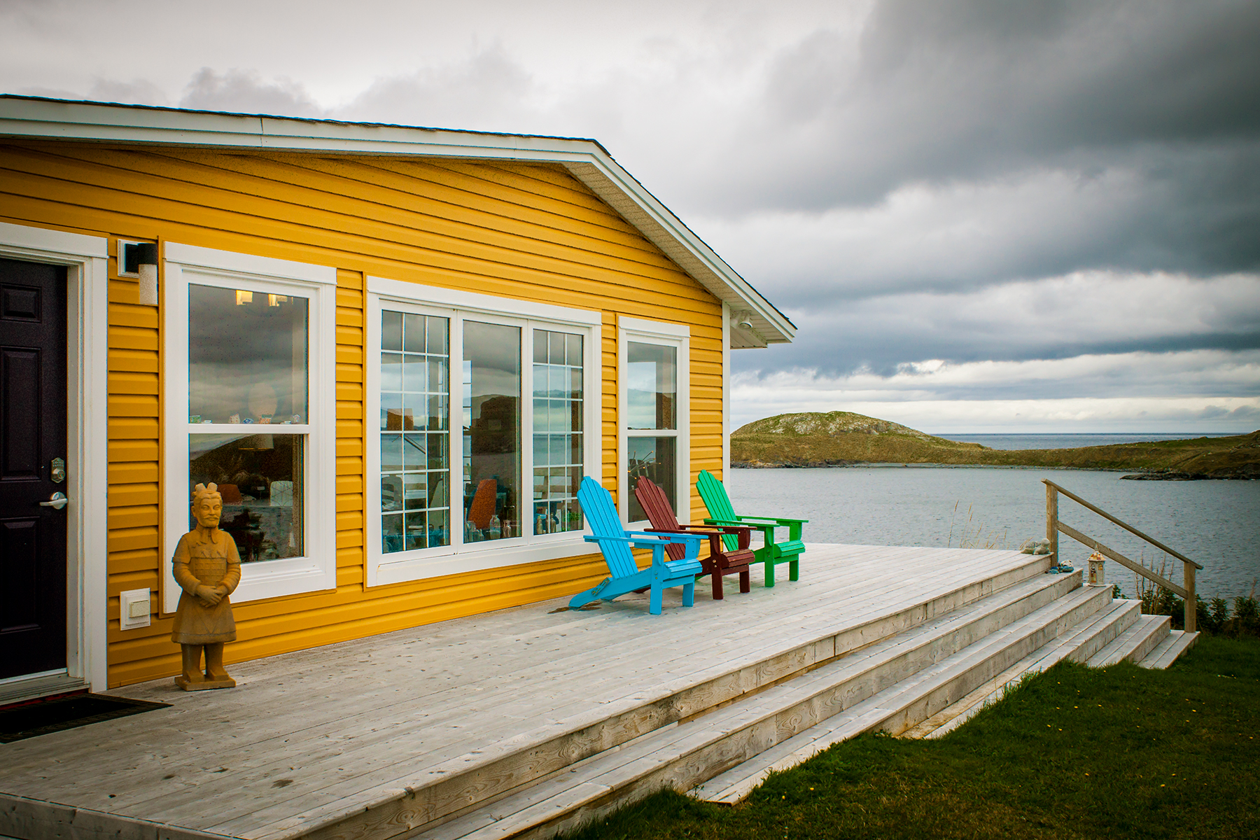Whale Watcher House and Apartments image 0