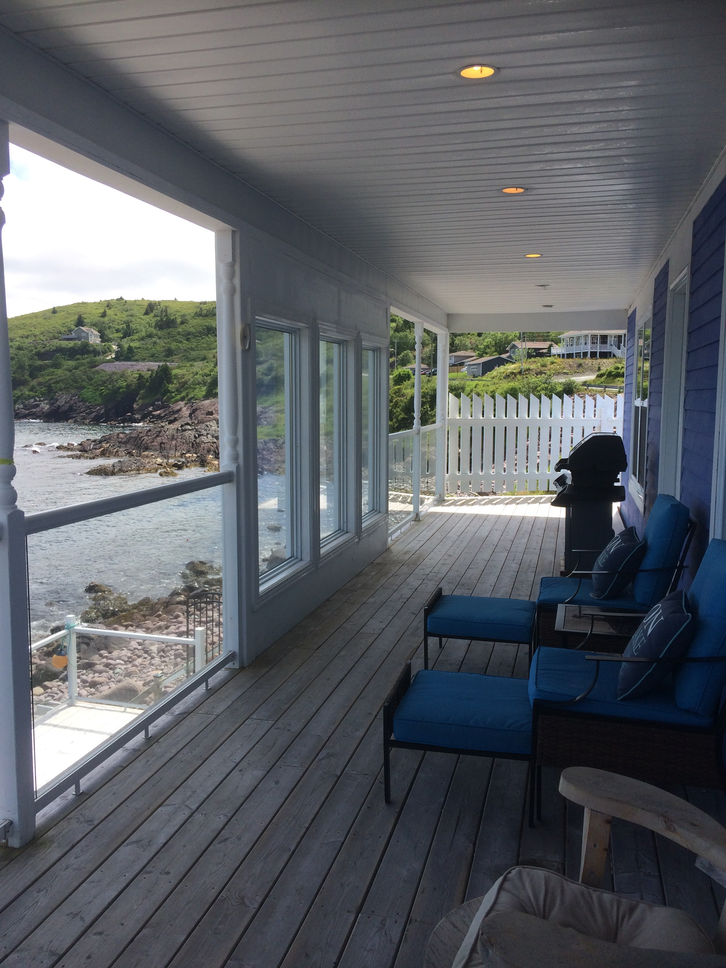 Beachfront Cottage image 3